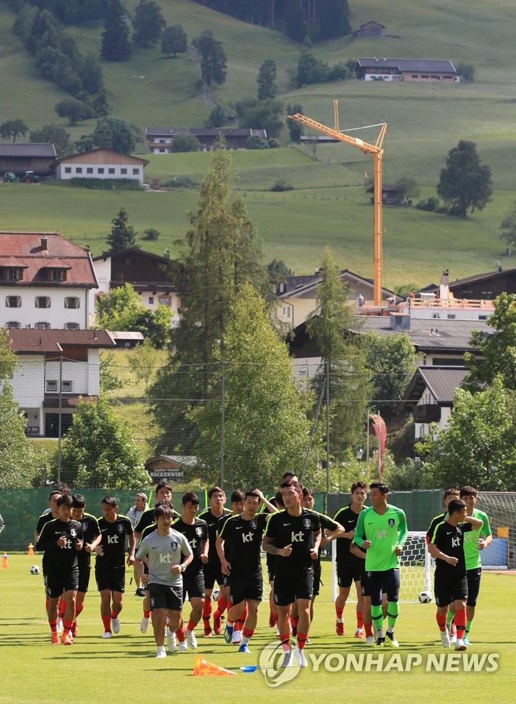 男足集训备战世界杯