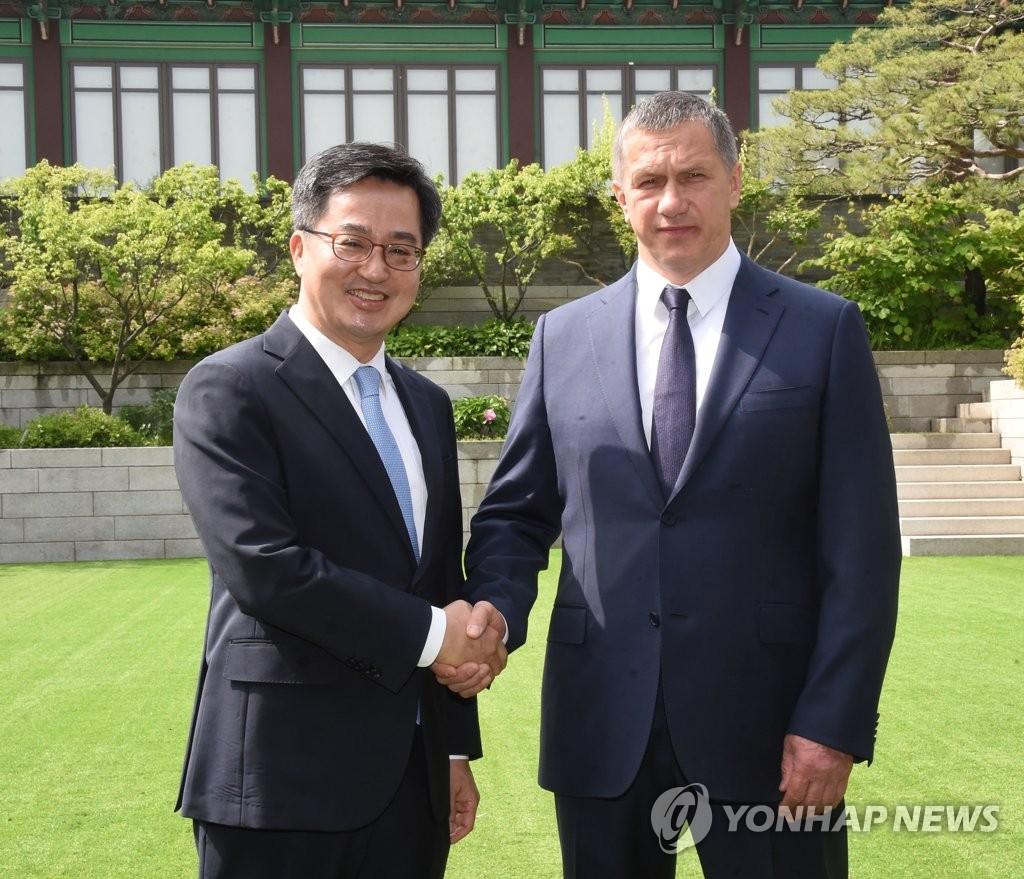 韩俄副总理会面