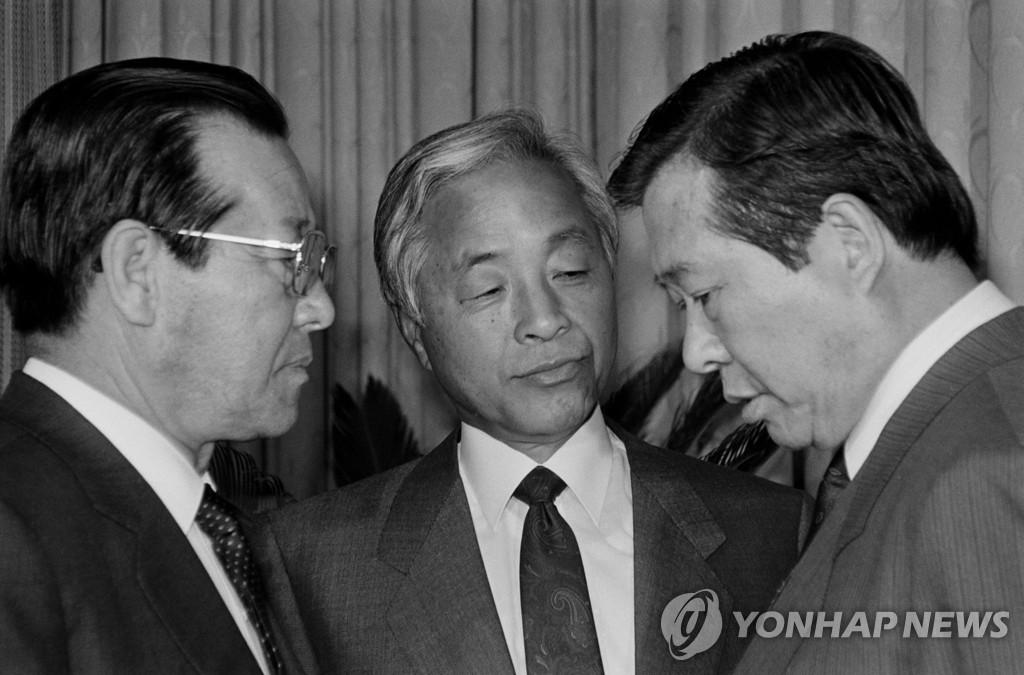金钟泌逝世 韩国三金时代落幕