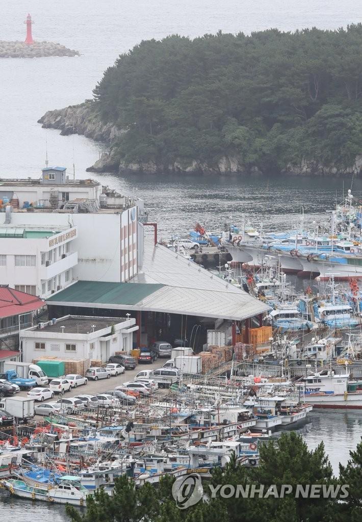 简讯:两艘韩国渔船在日本海域相撞 3人失踪