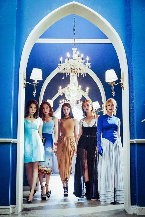 少女时代五名成员与SM娱乐续约
