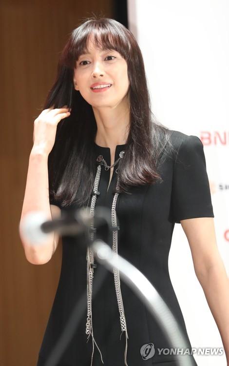 演员李奈映