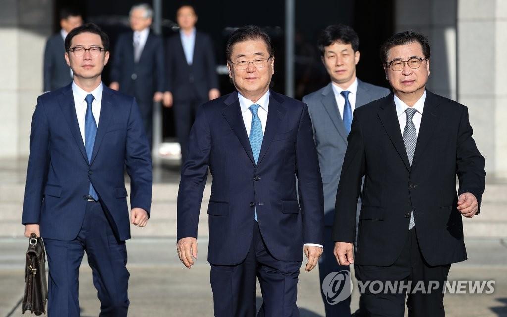 韩国总统特使团会见朝鲜高官