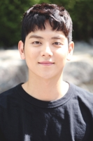 演员吕会铉