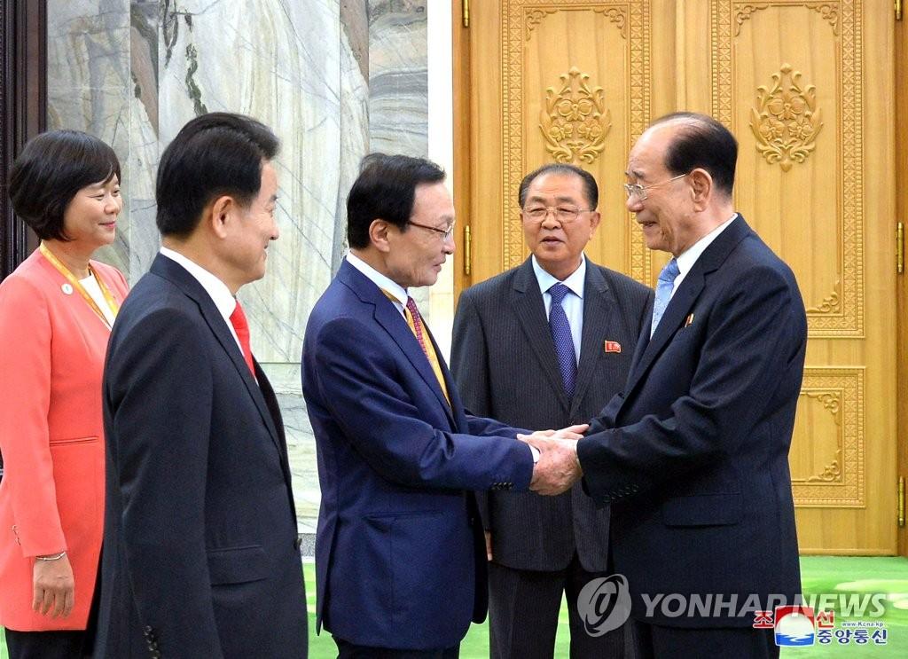 韩执政党首会见朝鲜金永南 或谈国会交流