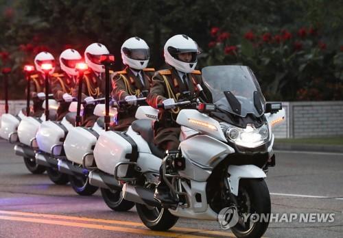 朝鲜摩托车国宾护卫队