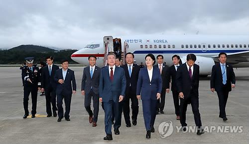 韩总统访朝归来