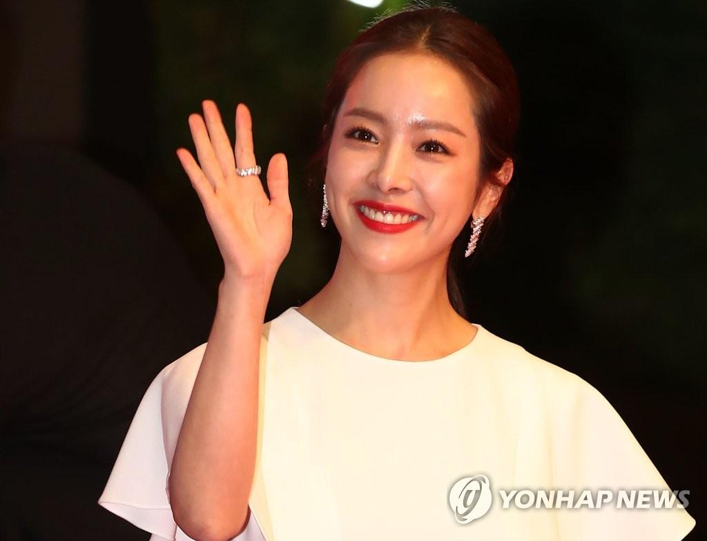 《1987》荣膺第38届韩国影评奖双冠王