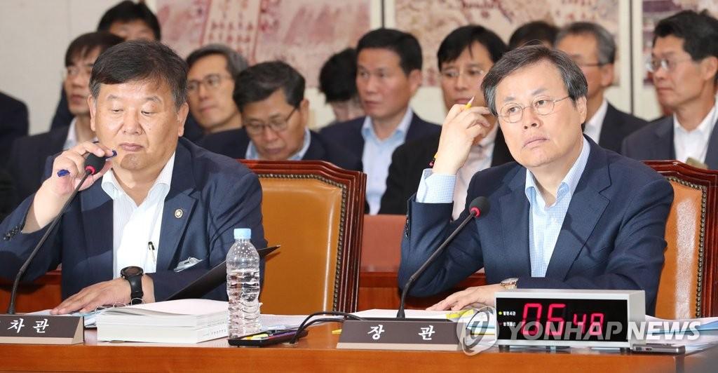 韩文体部长官邀朝鲜参加明年全运会