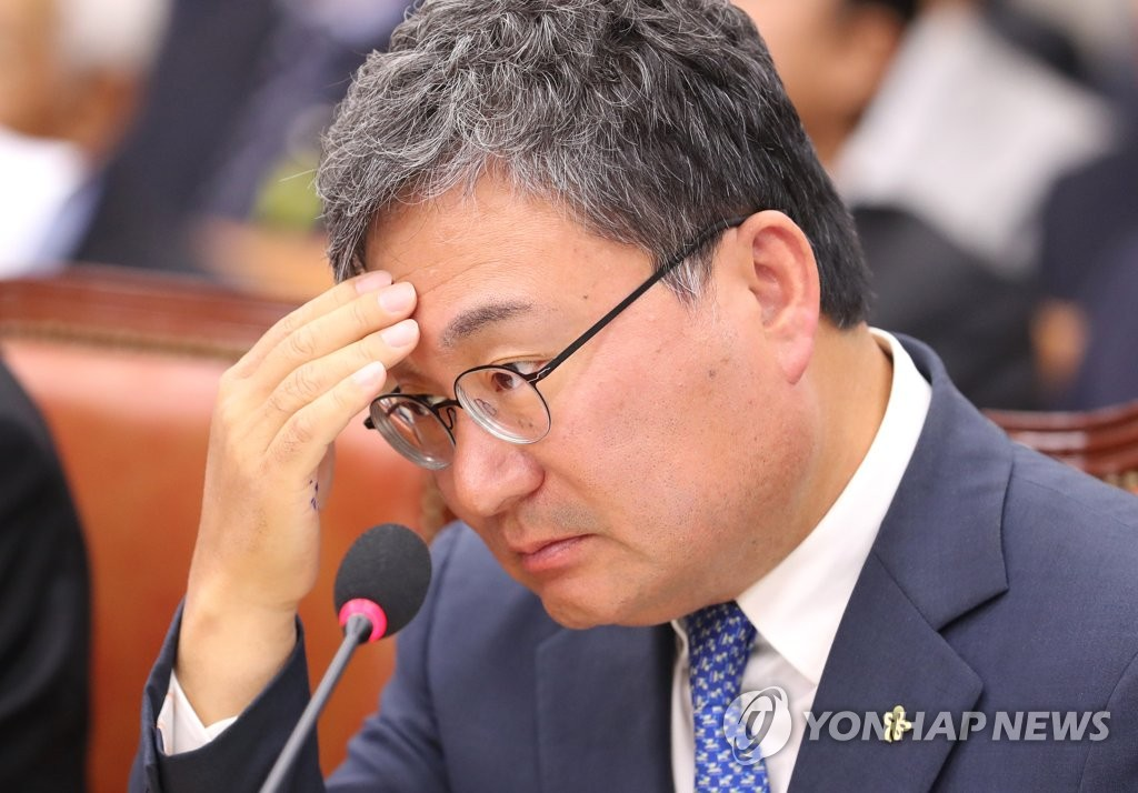 资料图片:易斯达航空创始人、执政党议员李相稷 韩联社