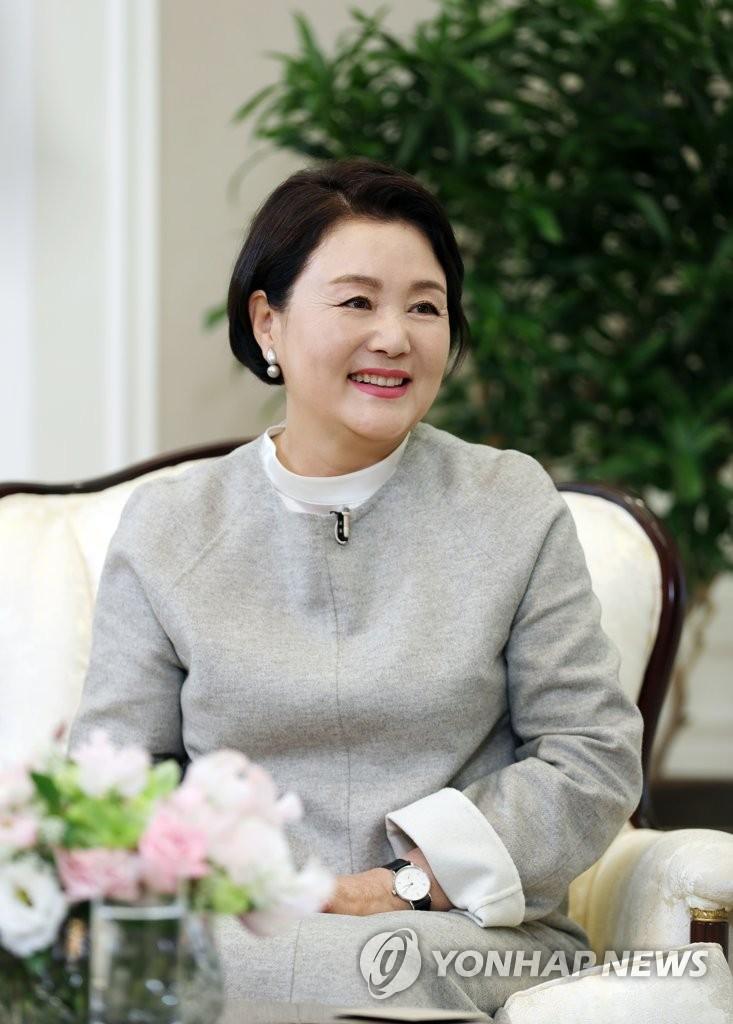 韩第一夫人出演韩综