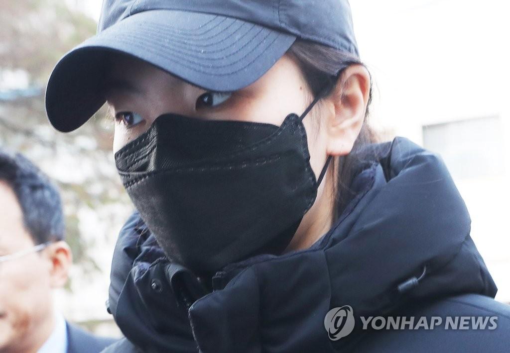 资料图片:短道速滑女队名将沈锡希(韩联社)