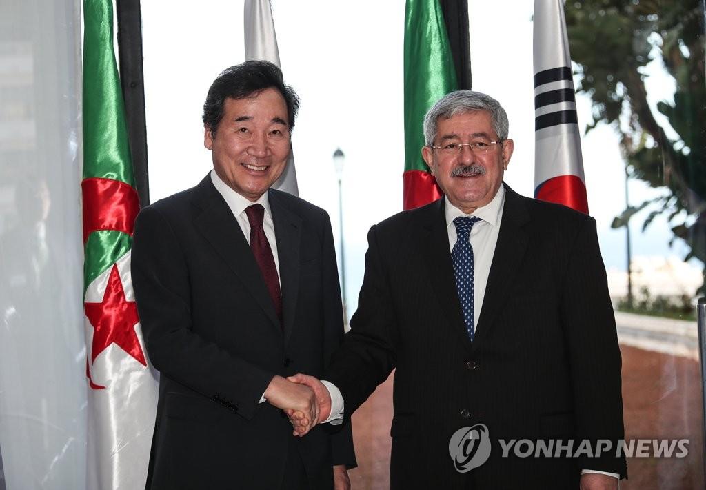 韩阿尔及利亚总理共商两国经济合作