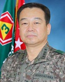 韩军地面作战司令部首任司令金云龙(韩联社/国防部供图)