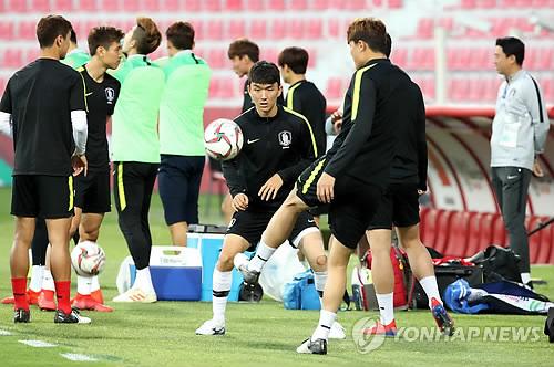 韩国队备战8强争夺战