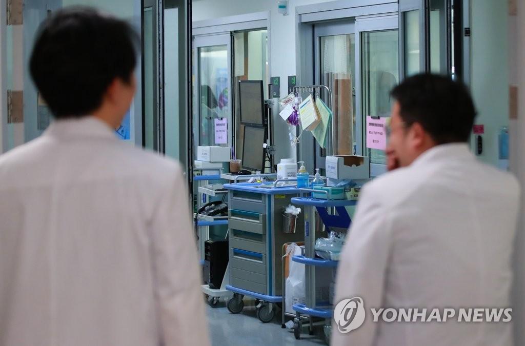调查:近八成韩国人拒绝延命治疗