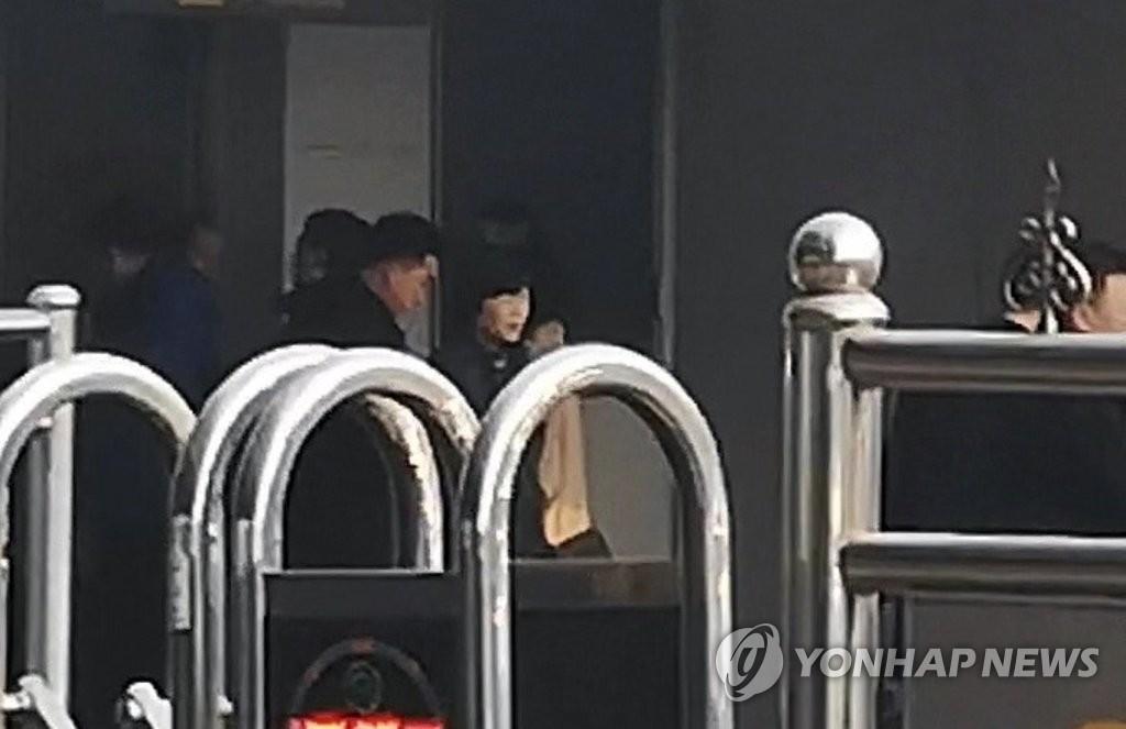 朝鲜高官抵达经由地北京