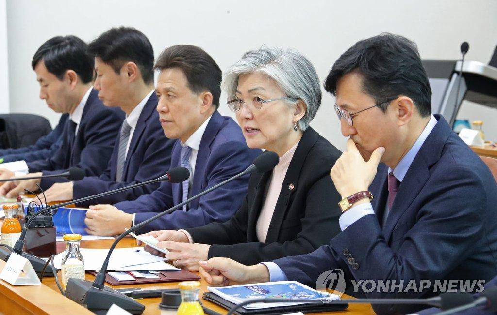 韩外长:将积极斡旋朝美力促韩朝美对话
