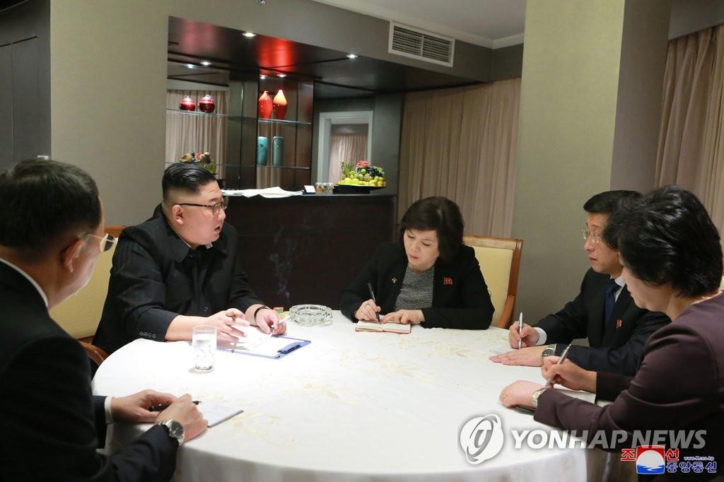 朝媒:金正恩听取朝美工作磋商结果汇报