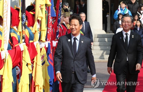 韩总统特派前幕僚长访阿联酋寻求深化合作