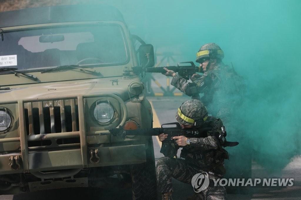 疫情下韩国史上首次取消预备军训练