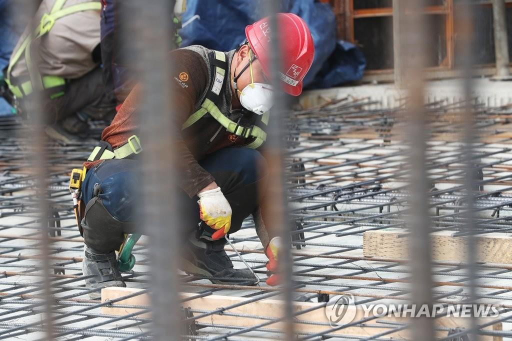 详讯:韩2月就业人口同比增26.3万人 失业率4.7%