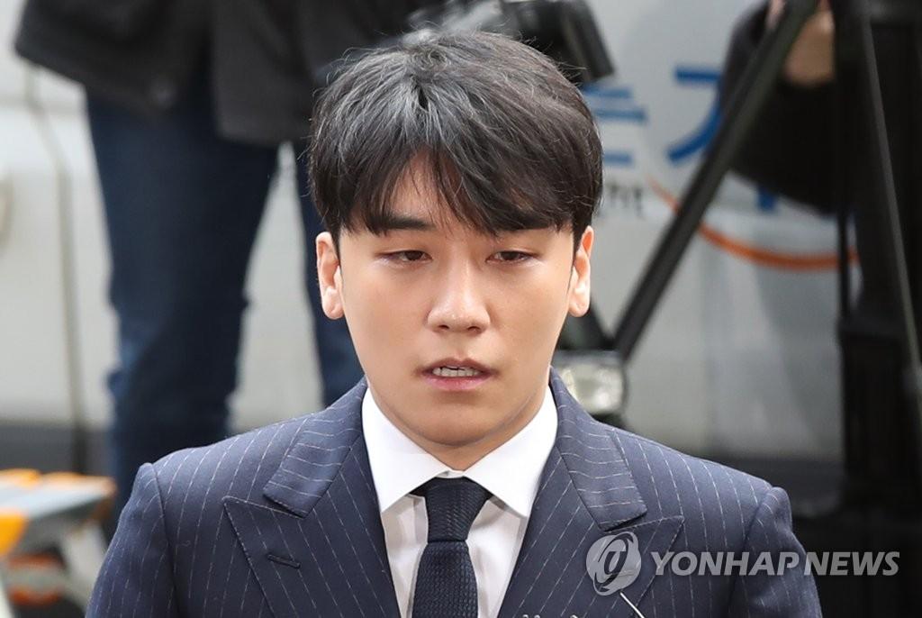 详讯:BIGBANG胜利涉色情招商到案接受调查