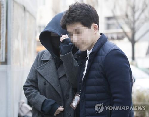 韩警方再传讯夜店门涉毒中国籍拉客女