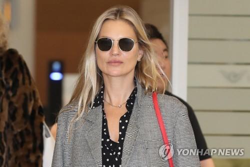 凯特·摩丝访韩