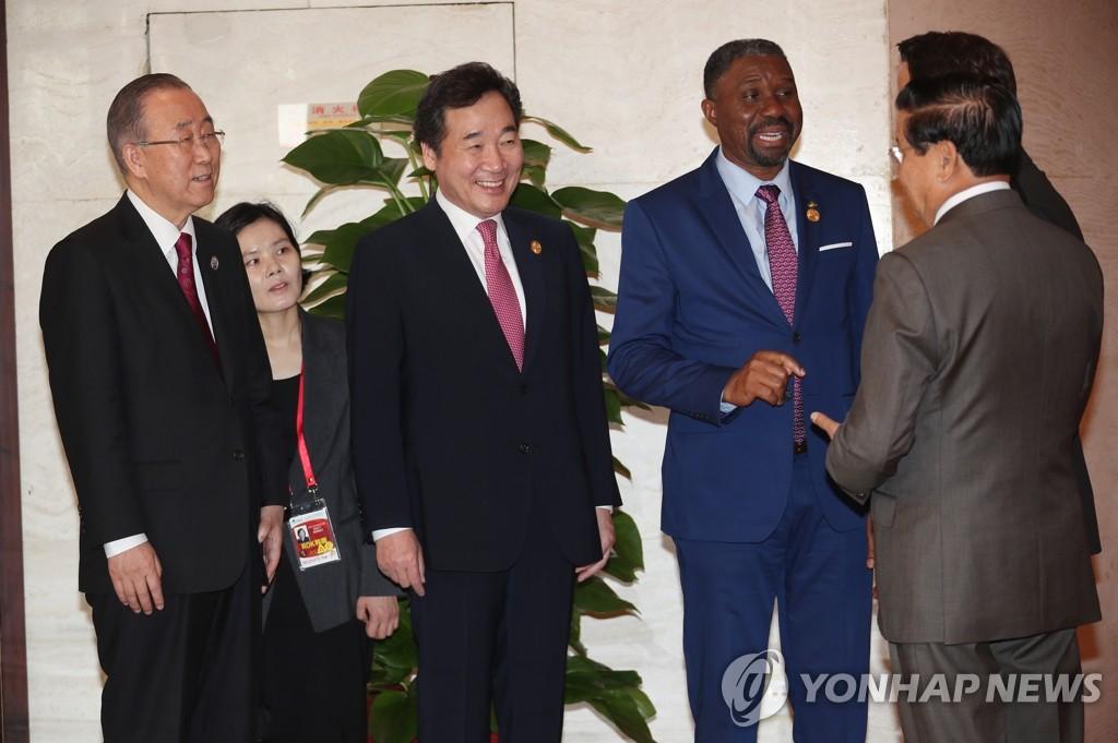 韩总理慰问韩中企业家:永作最好的邻居