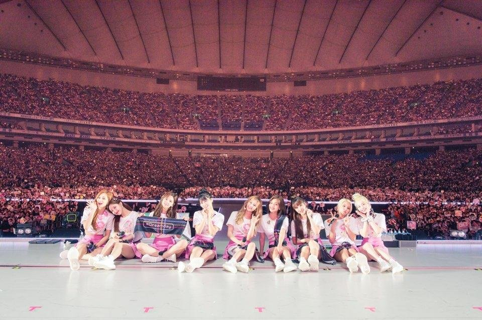 资料图片:女团TWICE 韩联社/JYP娱乐供图(图片严禁转载复制)
