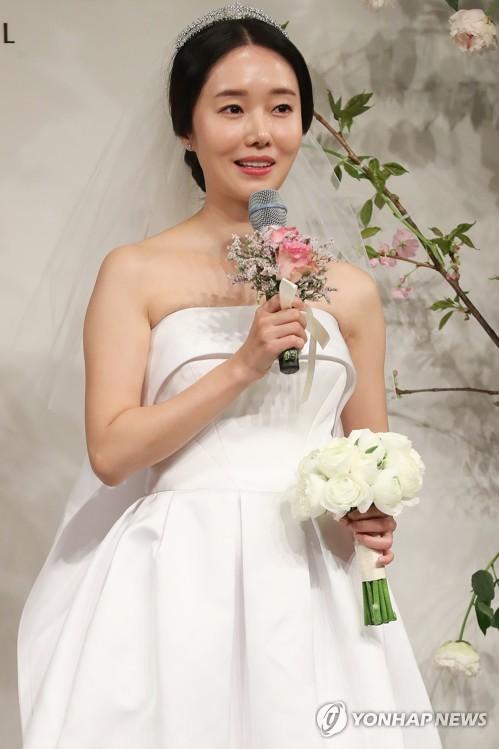 韩星李贞贤结婚