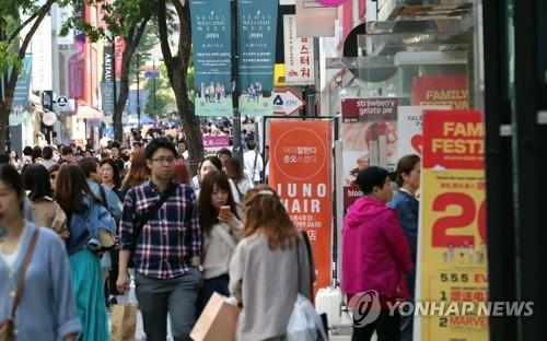 5月韩国入境外国游客同比增两成