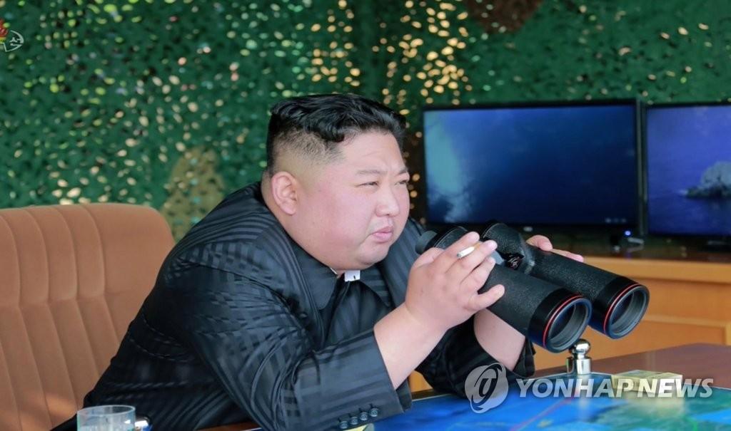 简讯:朝鲜昨实施火力打击训练 金正恩指导
