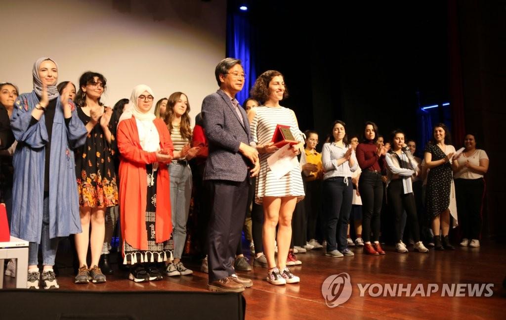 韩语教育机构世宗学堂再开13所增至180所