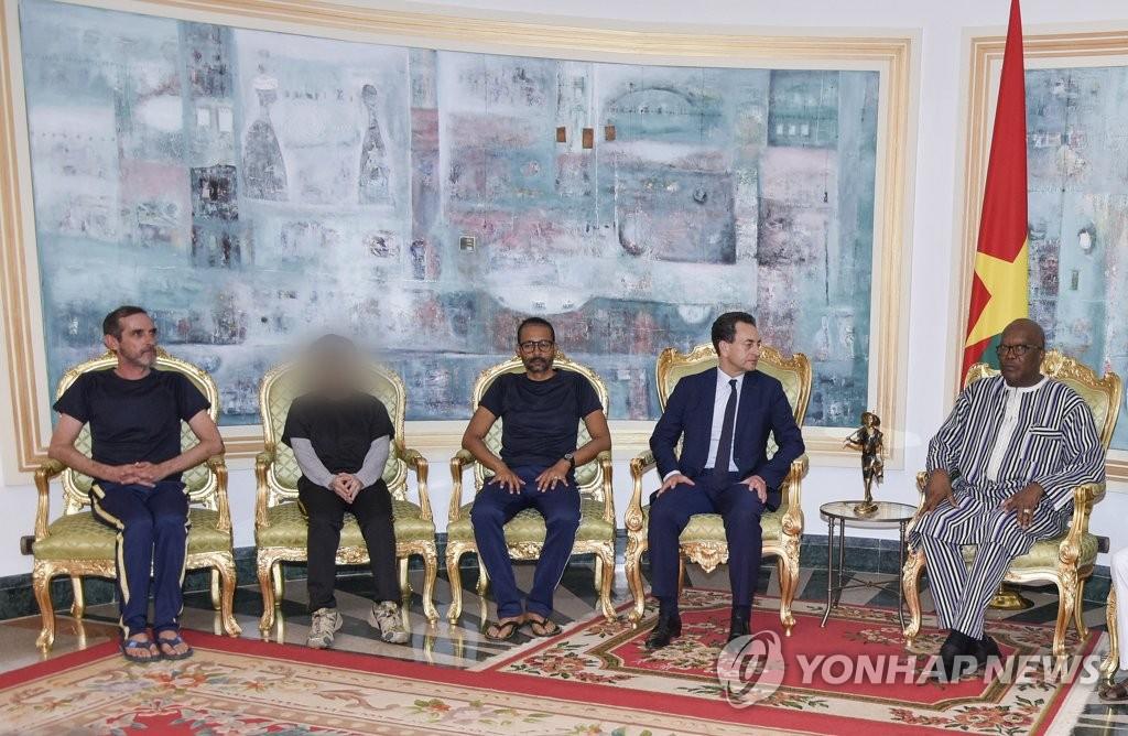 在非获救韩国公民今回国