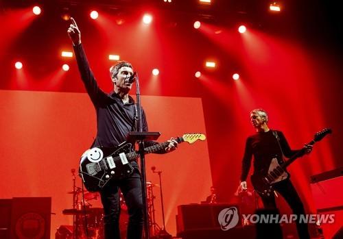 诺尔·加拉格在韩开唱