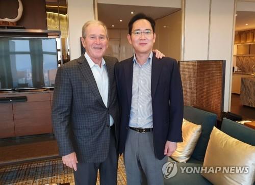 小布什与李在镕