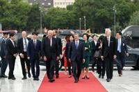 文在寅:韩国迈向和平的步伐永不停歇