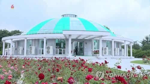 朝鲜锦绣山迎宾馆玫瑰园