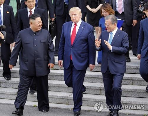 韩朝美领导人会晤后朝媒不再批斥韩美引关注