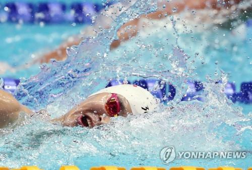 7月26日,在光州市光山区南部大学市立国际游泳馆,孙杨进行男子4x200米自由泳接力预赛。 韩联社