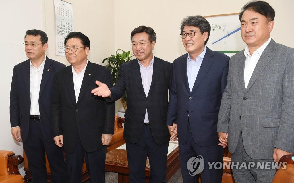 详讯:韩国朝野本周成立协调机制应对日本限贸