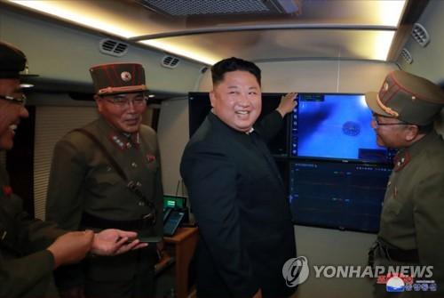 朝称再射新型火箭炮 与韩军研判有异