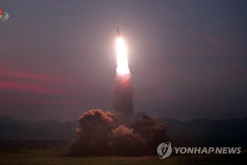 详讯:韩军研判朝鲜今射飞行器疑似近程弹道导弹