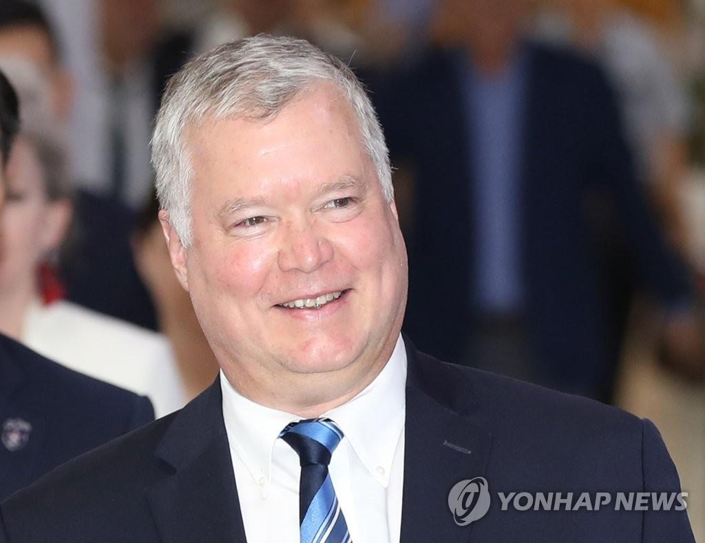 8月20日,美国对朝特别代表比根抵达金浦机场。 韩联社