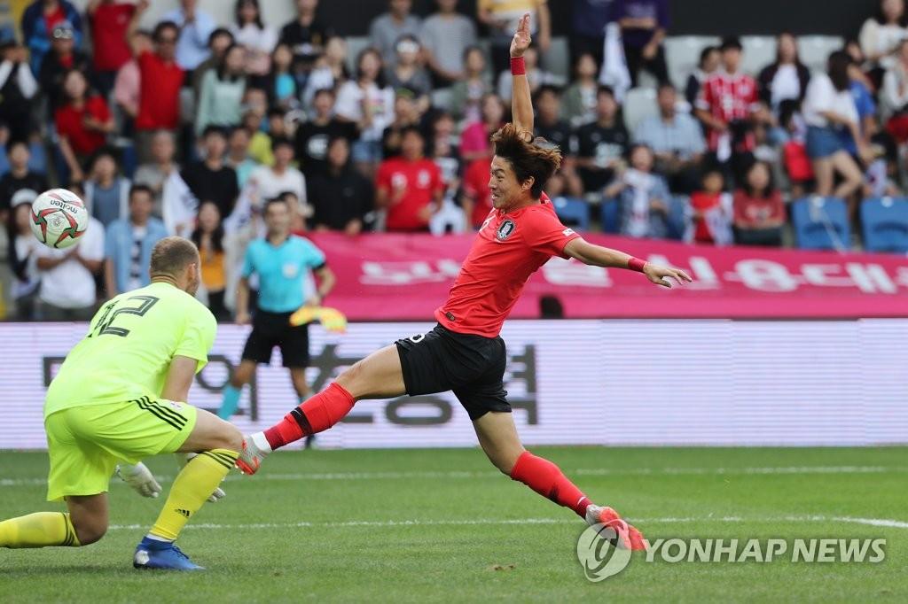 世预赛热身赛韩国2比2平格鲁吉亚
