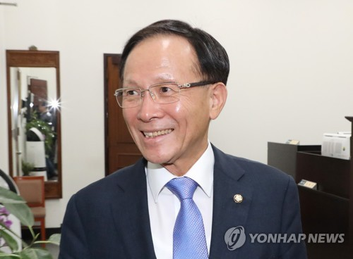 韩国新任驻美大使李秀赫抵美履新