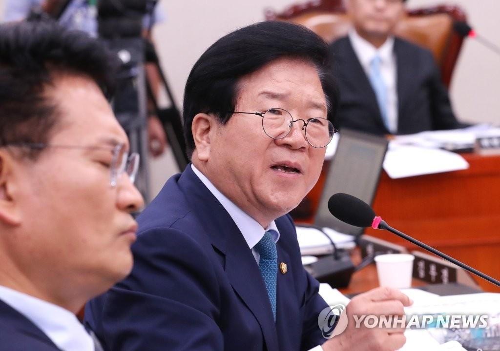 资料图片:朴炳锡 韩联社