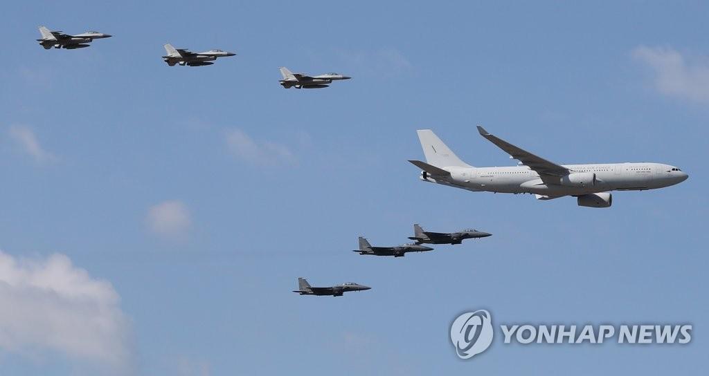 消息:一俄军机进入韩国防空识别区